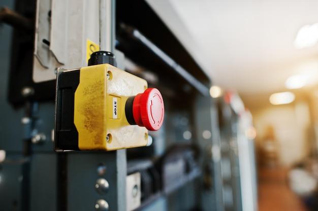 Interruptor de parada na sala de máquinas