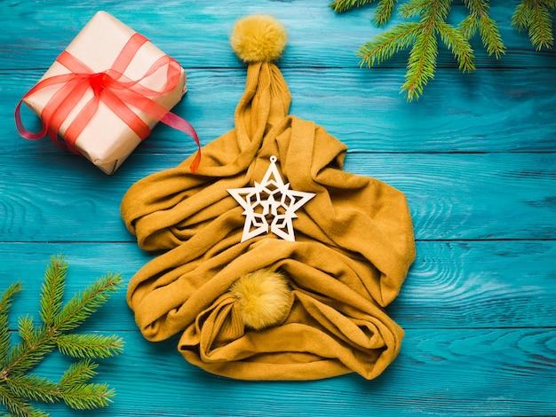 Inverno de natal plana leigos com lenço de árvore