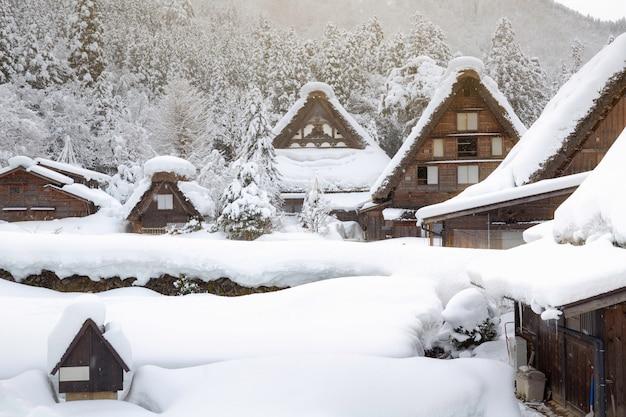 Inverno shirakawa vai aldeia no japão