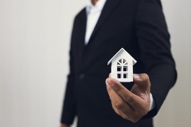 Investimento imobiliário e conceito financeiro hipoteca da casa