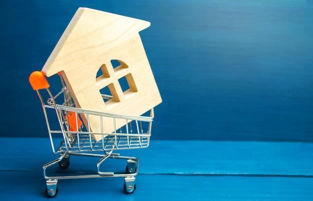 Investimento imobiliário e conceito financeiro hipoteca da casa.
