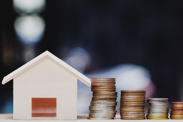 Investimento imobiliário, empréstimo à habitação, hipoteca da casa, conceito financeiro residente.