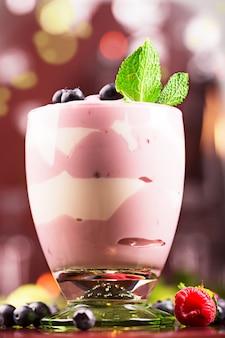 Iogurte delicioso de mirtilo