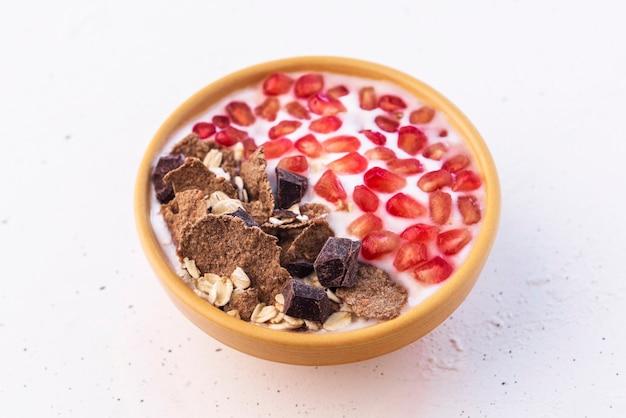 Iogurte natural com granadina (café da manhã saudável)