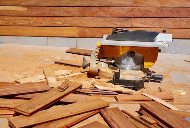 Ipe madeira cerca instalação carpinteiro mesa viu
