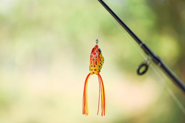 Isca de pesca na vara de pescar
