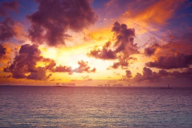Isla mujeres island por do sol praia do caribe