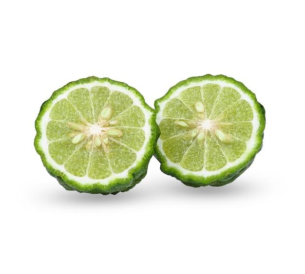 Isolado de bergamota em fundo branco