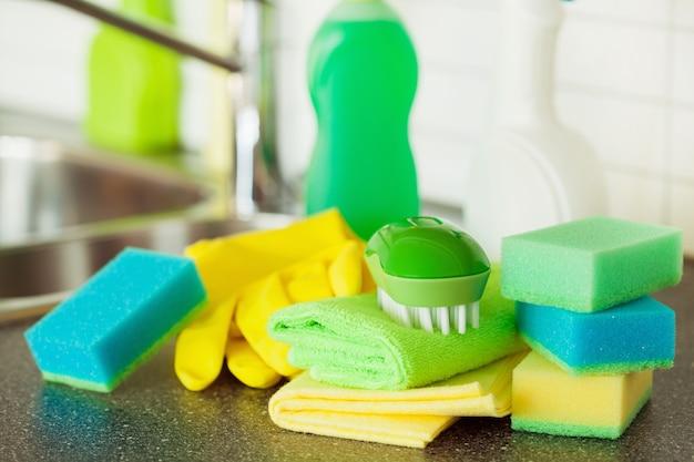 Itens de limpeza escova de cozinha esponja de cozinha doméstica