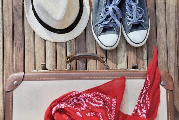 Itens de viagem no terraço