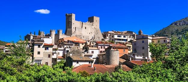 Itri - bela vila medieval (borgo) na região de lazio, itália