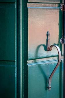 Janelas e portas de veneza