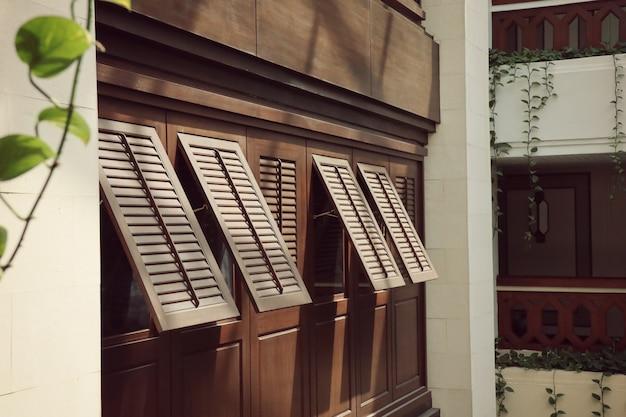 Janelas interiores do edifício