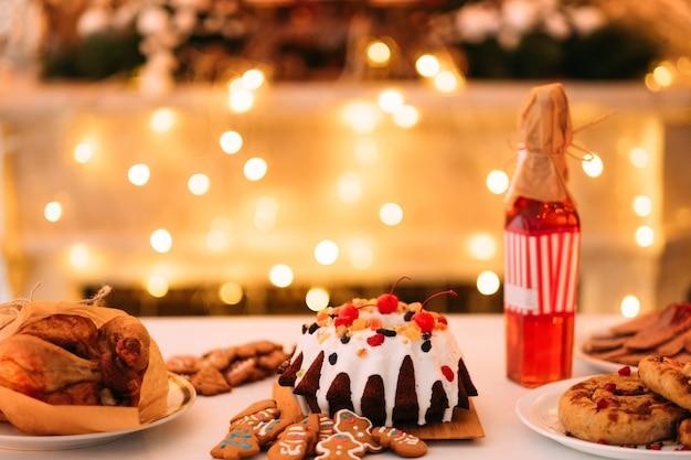Jantar festivo de ano novo.