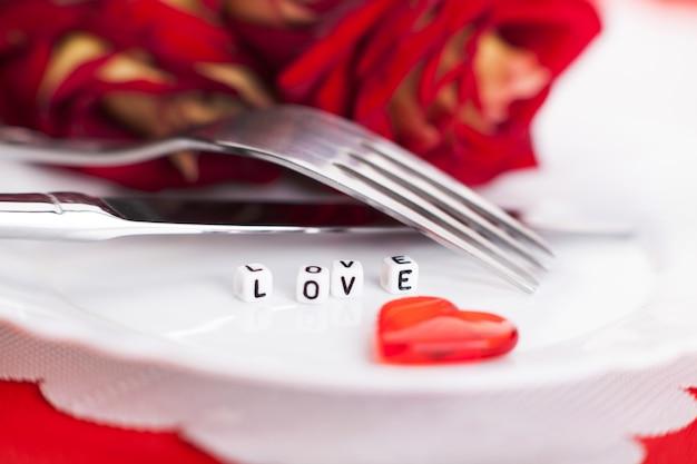 Jantar romântico, configuração para dia dos namorados.