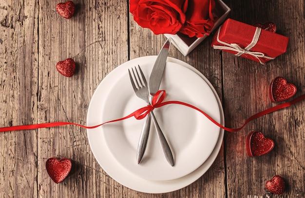 Jantar romântico para a pessoa amada. foco seletivo. feriado