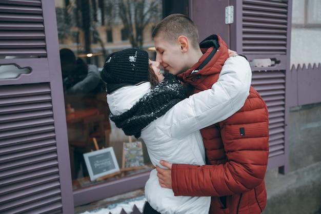 Jaqueta temporada outdoor pessoa romântico