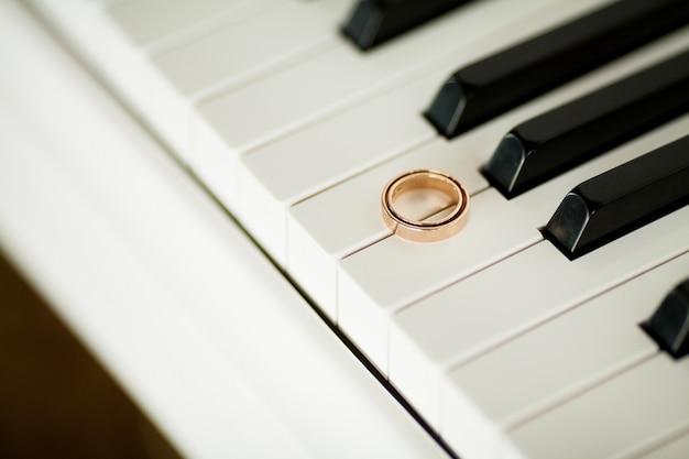 Jarreteira da noiva, acessórios da noiva