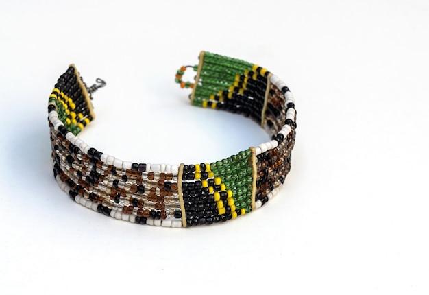 Joalharia artesanal maasai e decoração étnica