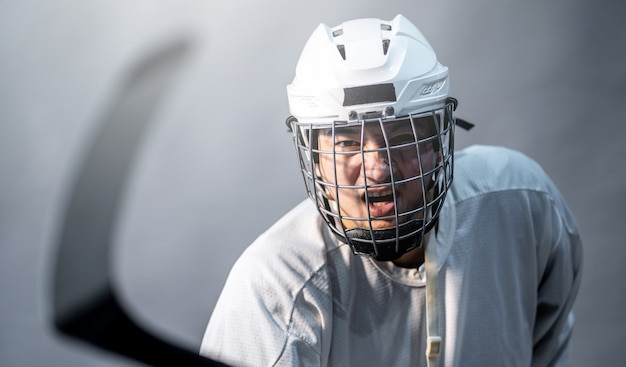 Jogador profissional de hóquei no gelo