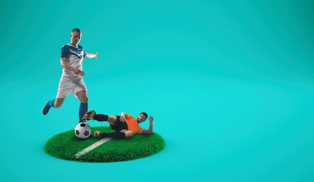 Jogadores de futebol competem pela bola em um prato gramado com fundo ciano