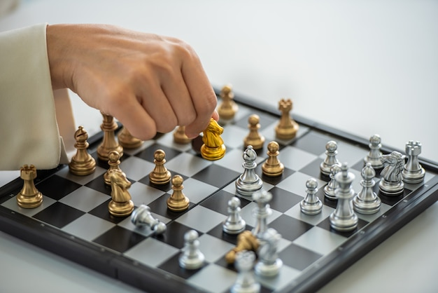 Jogo de estratégia e tática de xadrez