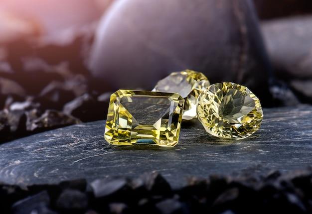 Jóias de pedras preciosas de quartzo de limão.