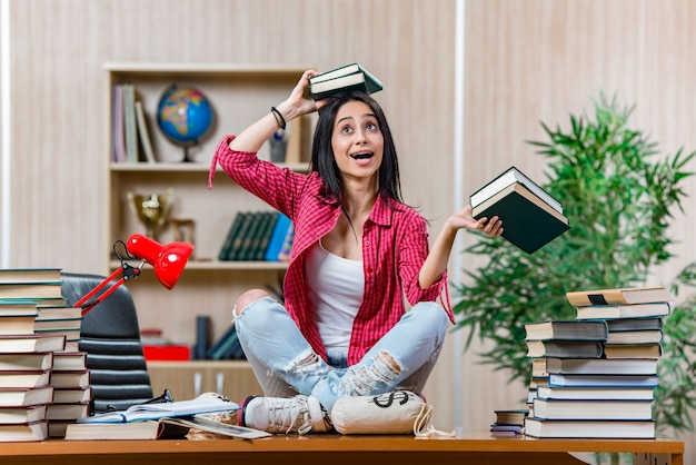 Jovem, aluna, preparar, para, faculdade, escola, exames