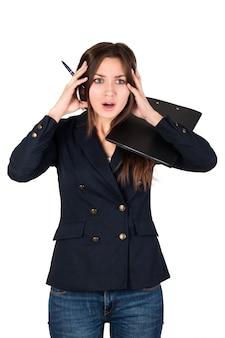Jovem empresária estressada no trabalho isolada