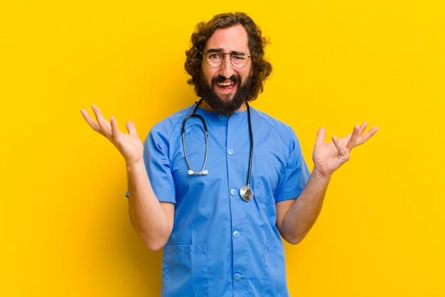 Jovem, enfermeira, homem, zangado, ou, discorde, conceito