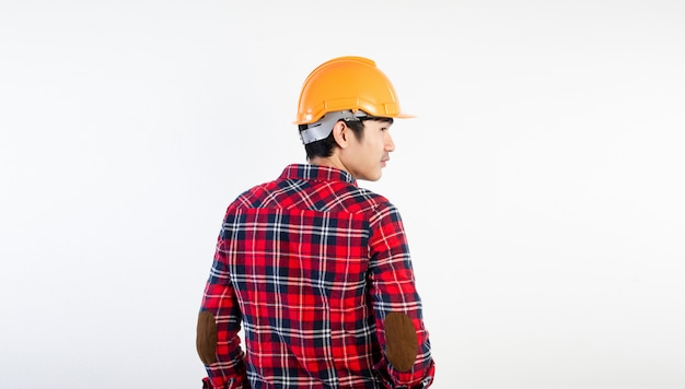 Jovem engenheiro que está determinado a fazer seu trabalho com sucesso. fotos para sua empresa