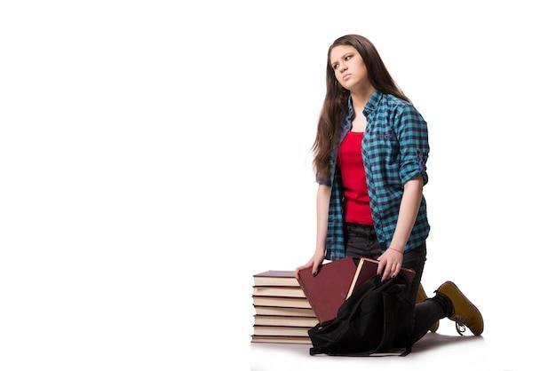 Jovem estudante se preparando para os exames da escola