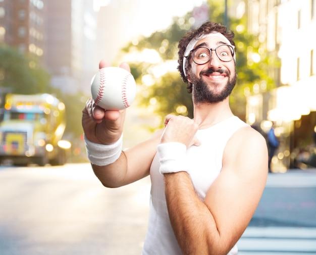 Jovem homem dos esportes loucas. expressão feliz