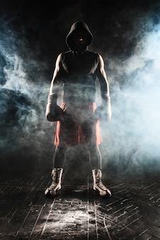 Jovem kickboxing