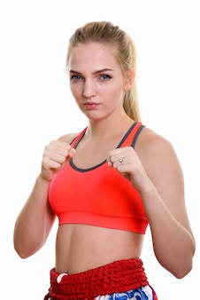 Jovem linda adolescente lutadora de muay thai