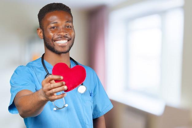 Jovem médico americano africano
