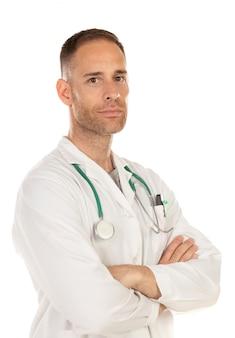 Jovem médico vestindo um vestido branco e com um estetoscópio