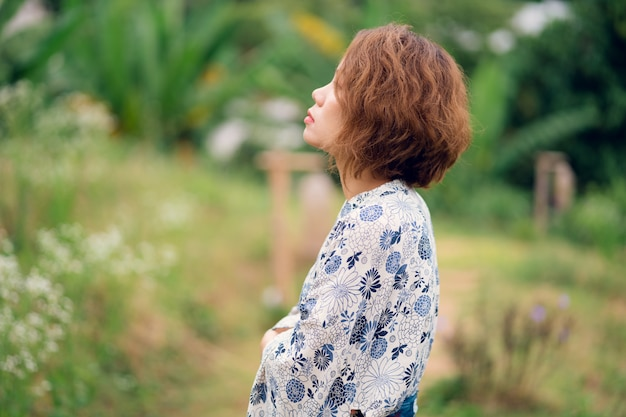 Jovem, menina asiática, desgastar, quimono