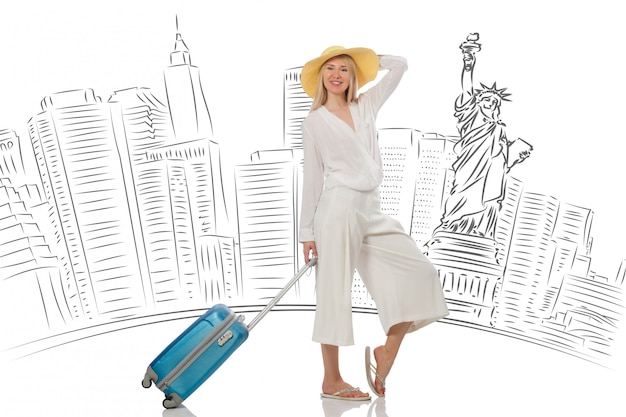 Jovem mulher viajando para os eua