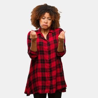Jovem, pretas, mulher afro, fazendo, um, gesto, de, necessidade