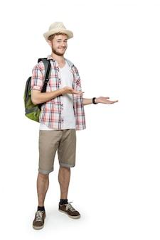 Jovem viajando apresentando