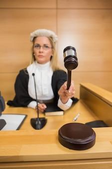 Juiz severo que bateu o martelo