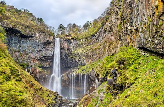 Kegon falls, uma das cachoeiras mais altas do japão. localizado no parque nacional nikko.