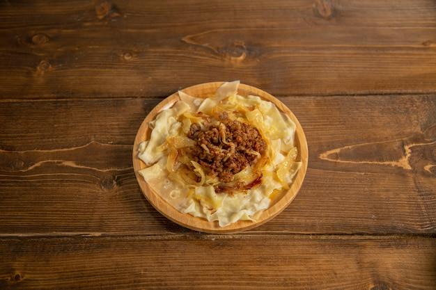 Khangal e dumbo são um dos pratos nacionais do azerbaijão