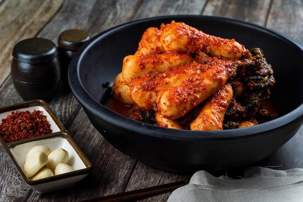 Kimchi de rabanete que os coreanos gostam