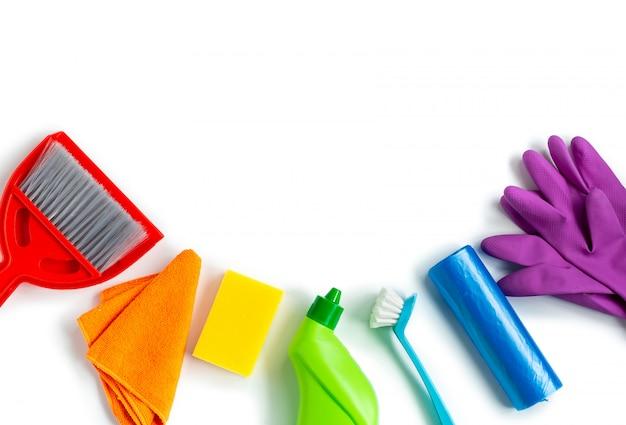 Kit multicolorido para limpeza de primavera brilhante em casa