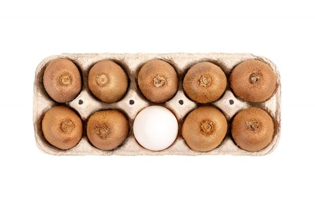 Kiwi e ovo de galinha, comida dietética