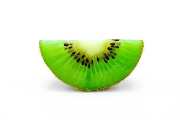 Kiwi isolado no branco