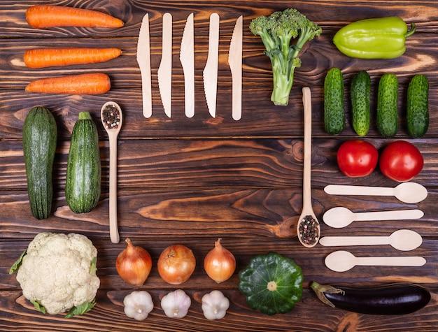 Knolling composição saúde vegan e conceito de comida vegetariana