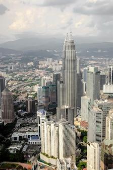 Kuala lumpur e suas áreas urbanas circundantes